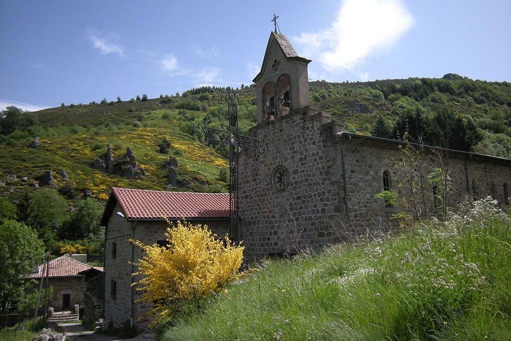 Eglise à Sardiges