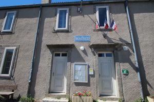 Agence postale à la Mairie de Mézilhac